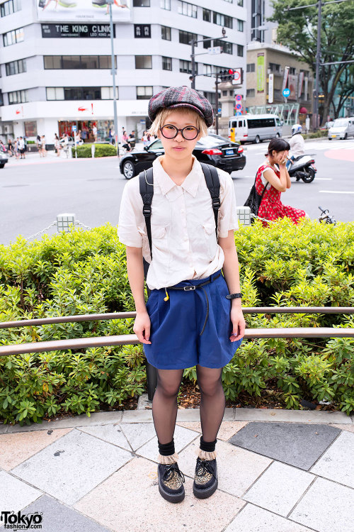 RT @TokyoFashion: Newsboy Hat, Bucket Backpack & Leopard Creepers in Harajuku http://flpbd.it/1jKyE