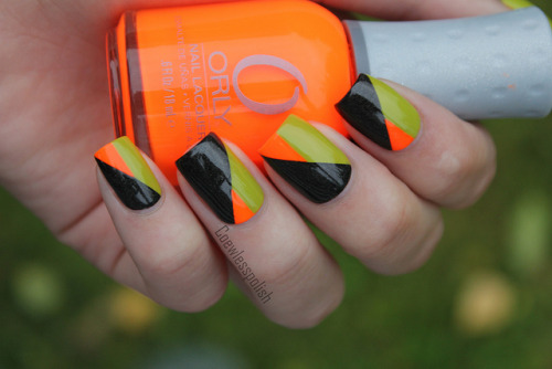 Geometric nails on Flickr.Made these for a contest. I didn't win, but it was fun making the nails. I love how they turned out.  Check out more pictures of this mani on my blog.www.coewlesspolish.wordpress.com
