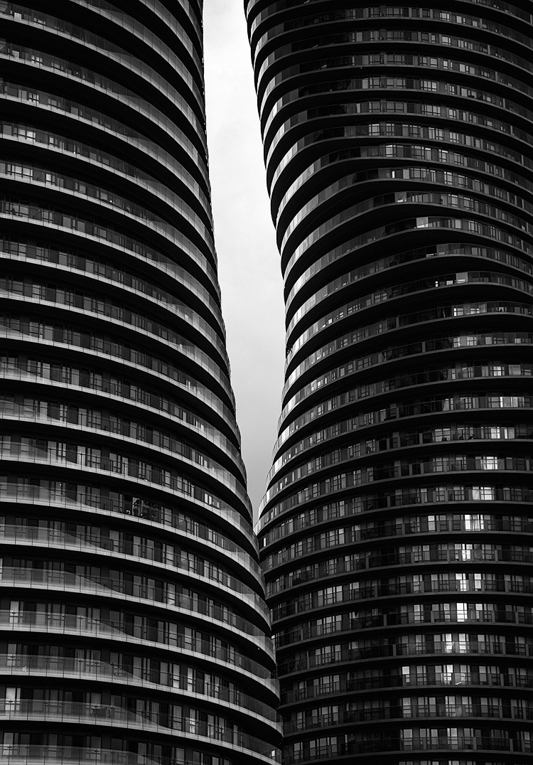 Marilyn Monroe Condominiums in Mississauga