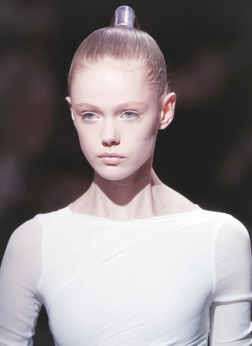 chai-cinnamon-and-couture:  Frida Gustavsson at Bruno Pieters Spring/Summer 2010