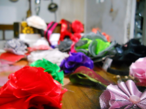 D DIY Flower accesories I made using one of ThreadBanger tutorials, then I just played with it and made headbands, chokers, clips, hair pins and hair bands