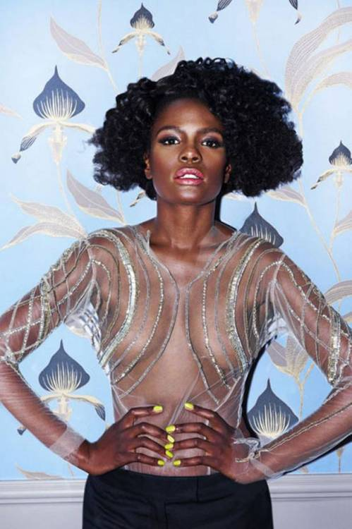blackandkillingit:  divalocity:  The fabulous Shingai Shoniwa for ES Magazine.  Black Girls Killing It Shop BGKI NOW