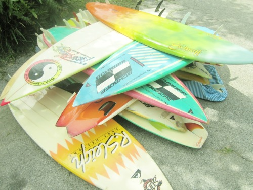 adopted-by-the-sea:  trianglesurfkid:  rad  100% Surfing Blog!
