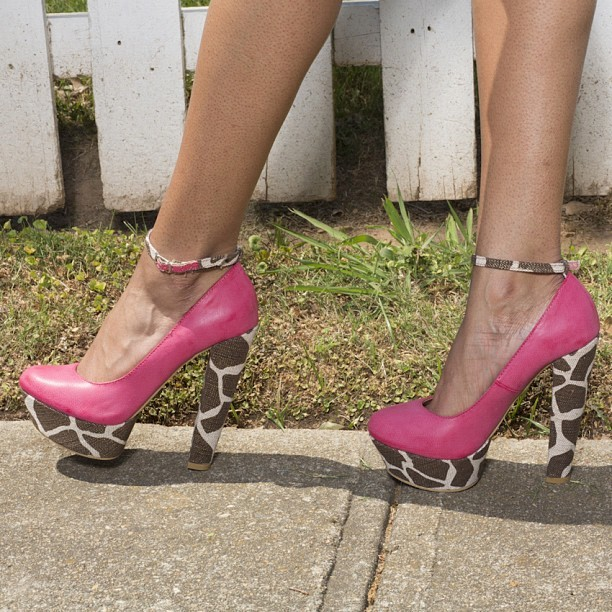 Hmmmm…. Where is she going? #flyjane #fashion #instafashion #pink #pinkheels#animalprint #style #promise #indie #flyjane  (Taken with Instagram)