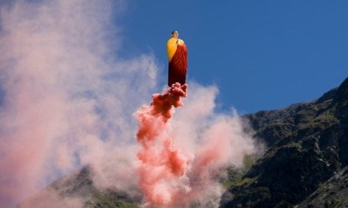 theatlantic:  Behind the Scenes of Li Wei's Stunning, Gravity-Defying Photographs [Image: Li Wei]