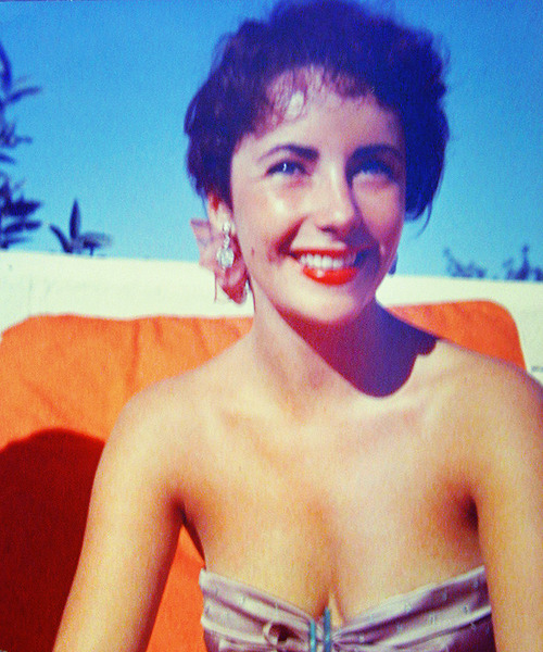 beauvelvet:  Elizabeth Taylor  I feel very adventurous. There are so many doors to be opened, and I'm not afraid to look behind them.