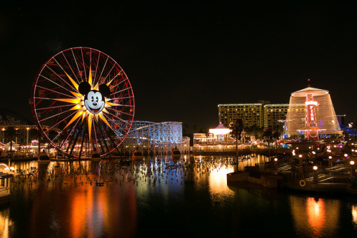 Paradise Pier - Disney's California Adventure on Flickr.Mickey's Fun Wheel…