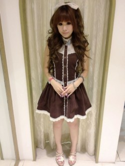 gyaru-coordinates:  A very classical look from Liz Lisa