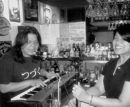 I'd hold the mic for him again, you know.  Ronnie Dizon1976-2012 (+)