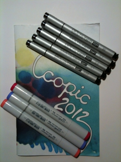 ~COPIC PEN GIVEAWAY~ So here's the deal! The other day I bought a ridiculous number of Copic markers at an art supply store that was going out of business. Because I bought so many markers, they threw in a bunch of the refillable Multiliner pens as well. Thing is, I already own a whole set, so I'm giving away the duplicates! ~THE PRIZES~ I'm giving away five brand new of Copic's super awesome Multiliner pens! They're refillable and, even better, they have replaceable nibs! These things will literally last forever. In this set, you'll get the 0.03mm, 0.1mm, 0.5mm, 0.7mm, and brush pens! I am ALSO throwing in three random Copic Sketch markers that I happen to have duplicates of: BV13- Hydrangea, RV 25- Dog Rose Flower, and R22- Light Prawn. ~THE RULES~ You may like once and reblog up to four times. Your askbox must be open so I can tell you if you win and you must be willing to tell me your address so I can have the prize sent to you. Reblog this on your main blog; no giveaway blog. (I will check!) You don't need to follow me, but if you want to, go ahead! :> The giveaway ends on 09/29/12 at 11:59 EST and the winner will be chosen via random number generator. Good luck!