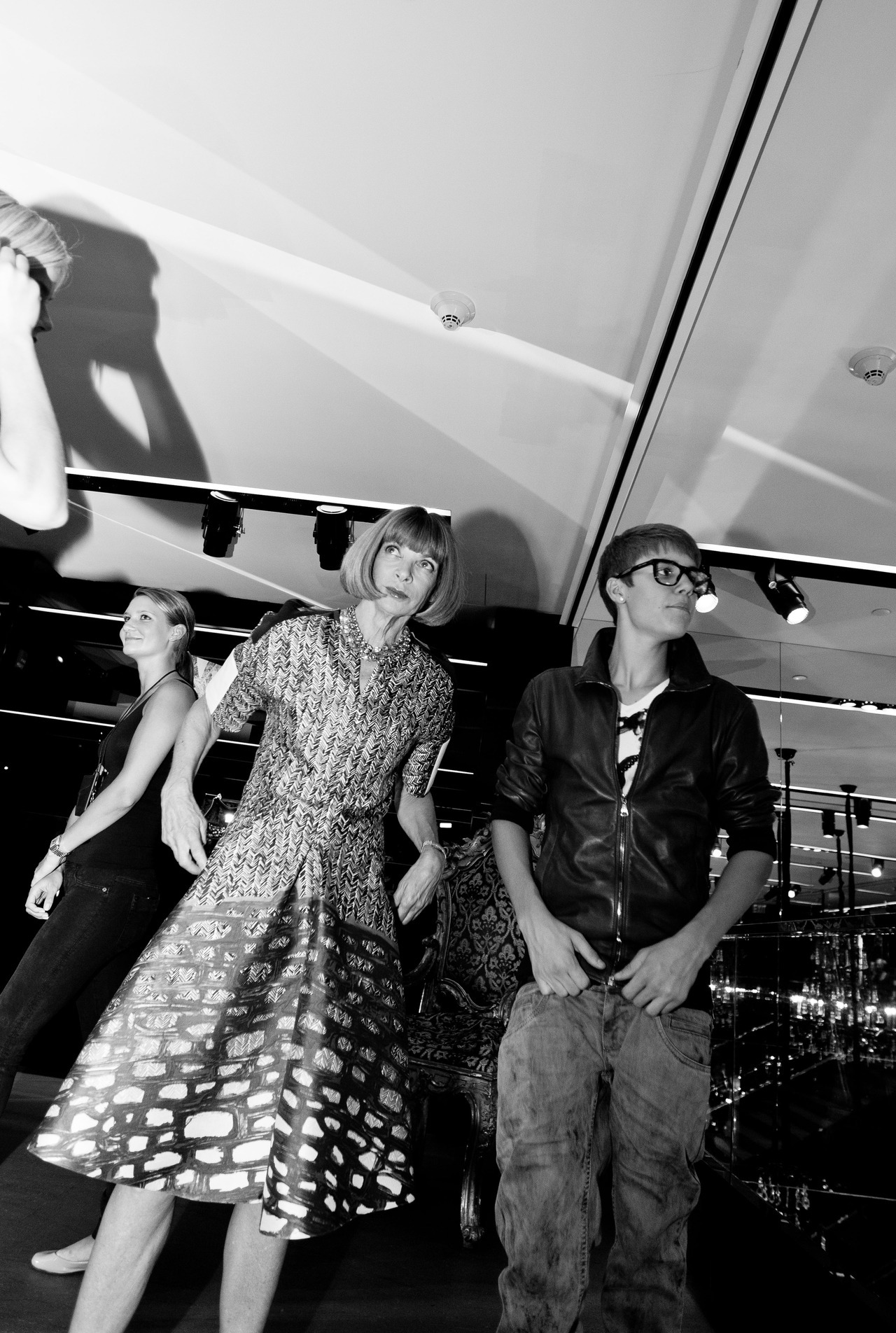 Anna Wintour and Justin Bieber (by Mike Lerner)