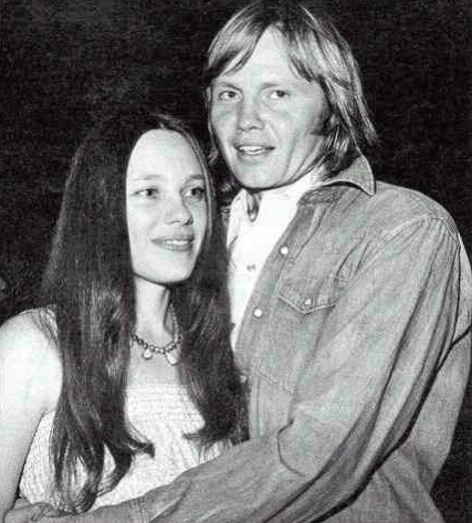 Marcheline Bertrand & Jon Voight