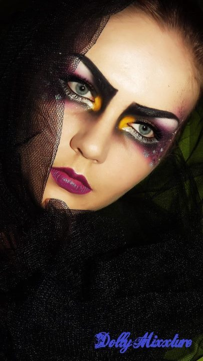 sugarpillcosmetics:  Stella looks captivating in this darkly dramatic look she created using Sugarpill Tako, Poison Plum, Dollipop and Buttercupcake.