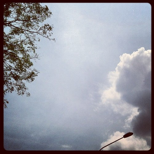本日の空: Too hot to be alive. #sky #summer http://instagr.am/p/OLRvVPqfRr/