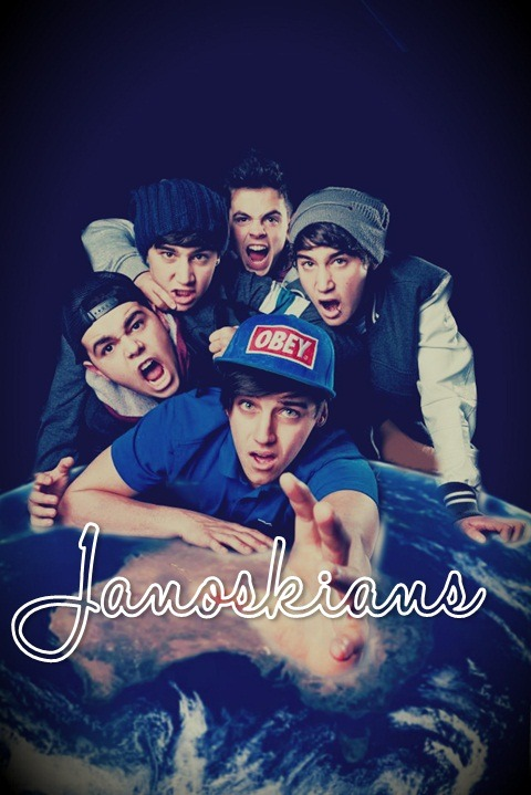 melbournian-superheroes:  made by me :) sorry i'm not very good at editing :/