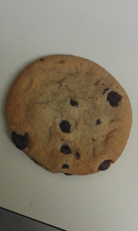 THIS COOKIE IS FOR KAITLYN NO ONE ELSE EAT IT
