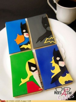 nerdycookies:  Look, it's all four Batgirls! No Batgirl gets left behind.  (via Batgirl Cookies - My Food Looks Funny - Funny Food Photos)