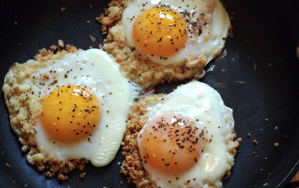 Breadcrumb-Fried Eggs
