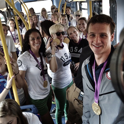 jeahjeahryanlochte:  ryan and the US womens national soccer team