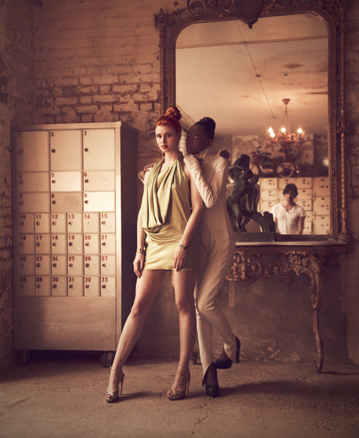 See through (by Miss Aniela)