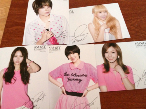 [FANTAKEN] f(x) - Collectible Cards For S.M.ART Exhibition  cr. DC f(x) via FX宋茜吧]  -Vo