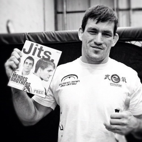 jitsmag:  Demian Maia and his copy of Jits Magazine. #bjj #jiujitsu #damienmaia #mma #ufc #jitsmag #jitsmagazine (Taken with Instagram)