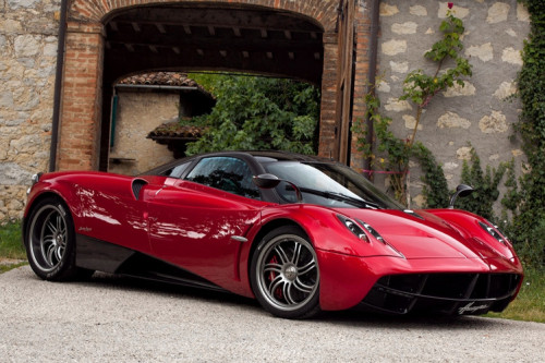 Pagani Huayra: If Da Vinci Made a Sports Car.
