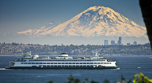 Got to love Seattle! A Puget Sound Ferry with the Seattle Skyline and Mount Rainier in the distance - Imgur I will climb that one day…