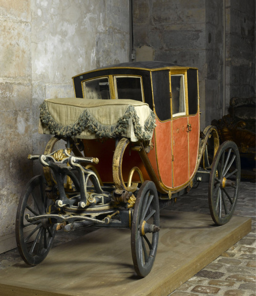 tiny-librarian:  Coach that belonged to Louis Joseph, the eldest son of Louis XVI and Marie Antoinette.