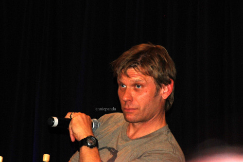 Sassy Lucifer Mark Pellegrino at NJCon 2012.