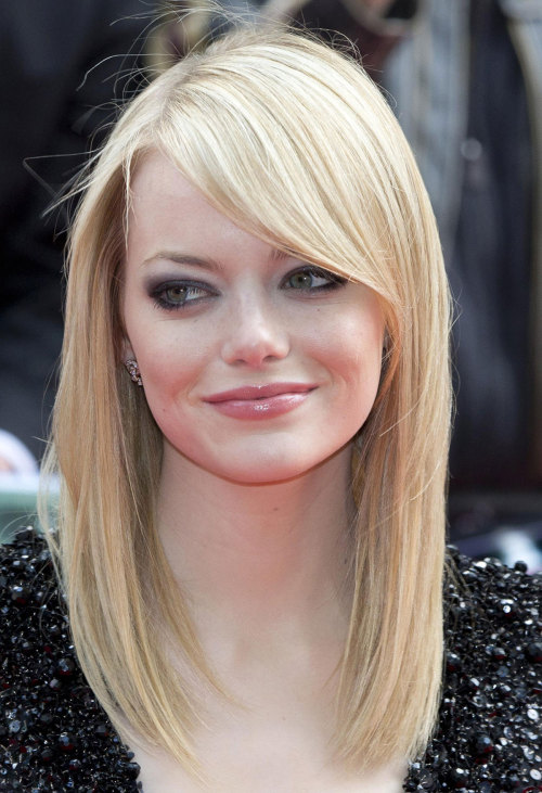 localshop:  Emma Stone at <The Amazing Spider Man> Premiere in London Jun 18, 2012
