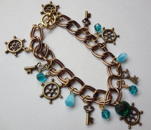 Gold Sailing Ruder and Key Charm Bracelet