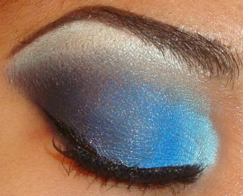 My Bold Light to Dark Blue Smokey Eyeshadow Tutorial Using Coastal Scents 88 palette here  http://youtu.be/hOk5bGNfZC8 you can see more of my tutorials here http://www.youtube.com/user/makemeupbywhitney