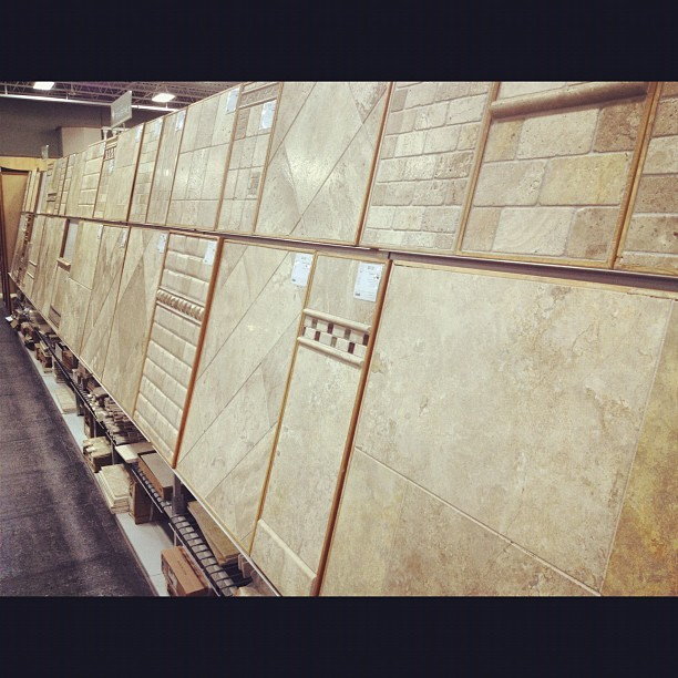 Bbbbeeeiiiigggggeeeee #blah (Taken with Instagram at The Tile Shop)
