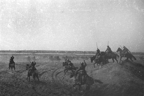 imperija:  Soviet Cavalry attacking Photo by Natalia Bode