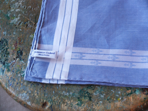 Simonnet-Godard - makers of the finest cotton pocket squares.  Solid blue silk, linen or cotton squares never work for me. To my eye they are far too similar to the look of a shirt and rather plain. But, that all changes with the added detail of this white border.  The perfect look for spring/summer with a white shirt and a tan or navy jacket.
