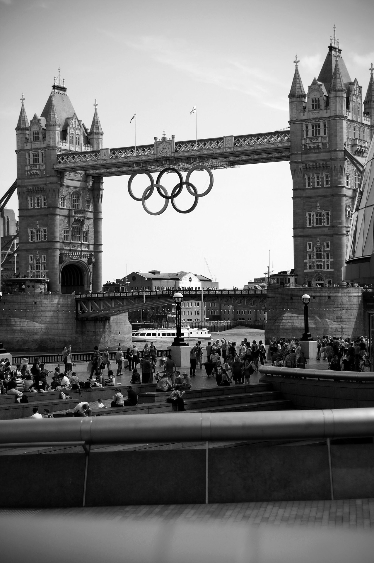 ryanocerosss:  London Tower Bridge by Me I've been dying to get this photograph for so long.   (via imgTumble)