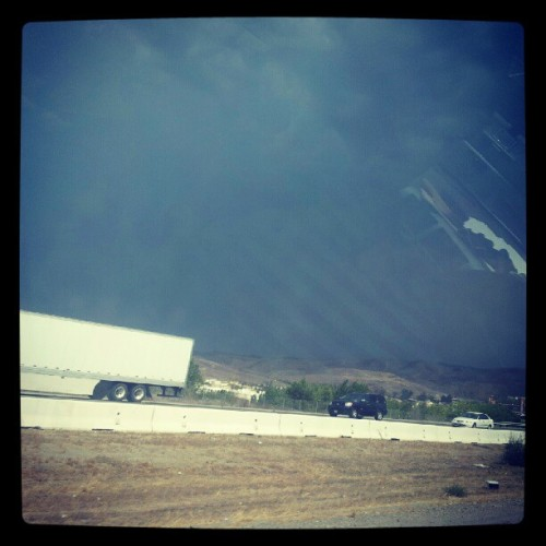 Lookin super dark and crazy on the #15south :/ (Taken with Instagram)