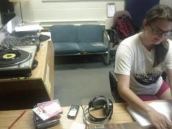"fixturerecords:   Glorious moment: ""Radio Michelle"" plays a record for the first time EVER -Sheer Agony's self titled 7"". (via CFRC Radio twitter)  YESSSSSSS"