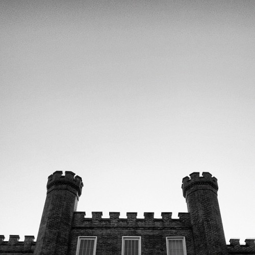 Wesleyan Hall on the #UNA campus. #shoals #architecture #castle #brick #building #minimal #minimalism #minimalist #iphone #iphoneonly  (Taken with Instagram)