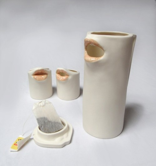 Amazing ceramics by Danielle Spektor. Find them here: http://www.etsy.com/shop/reshapestudio?ref=seller_info