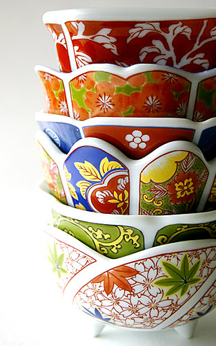 chasingthegreenfaerie:  Japanese mini cup by karaku* on Flickr.