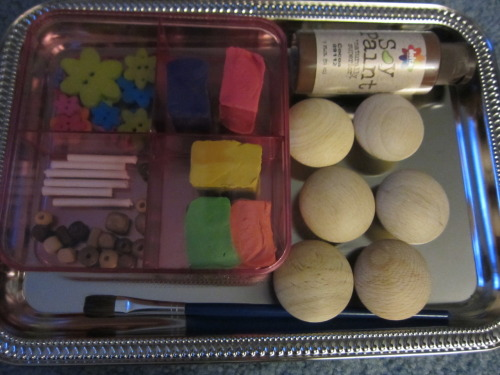 "This is a ""Make your own Play Cupcake Kit"" I am giving to two little girls as gifts.   I can't wait to see the girls ""baking!""  By the way, this gift is inspired by a post on A Little Learning for two .  Go see what their final products looked like! :-)"