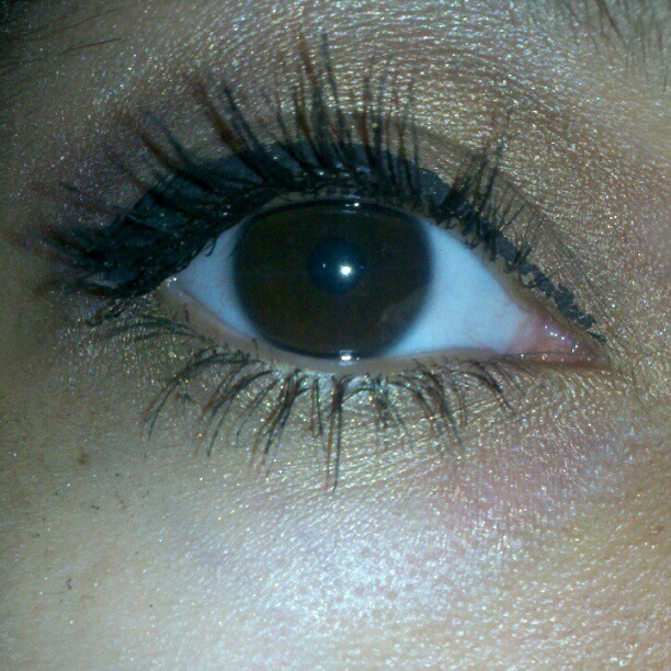 This is my right eye. :) #RealLashes :) (Taken with Instagram)