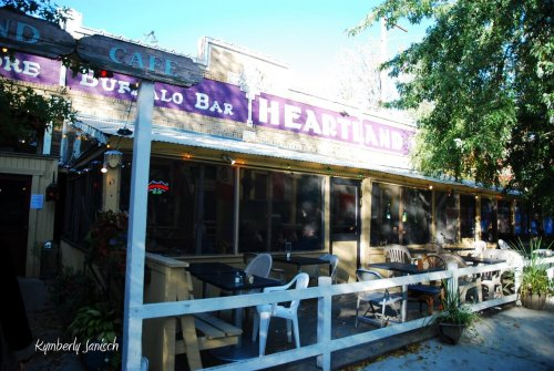 Happy 36th Anniversary to the Heartland Cafe of Rogers Park. I was so happy I could be there tonight on this occasion.