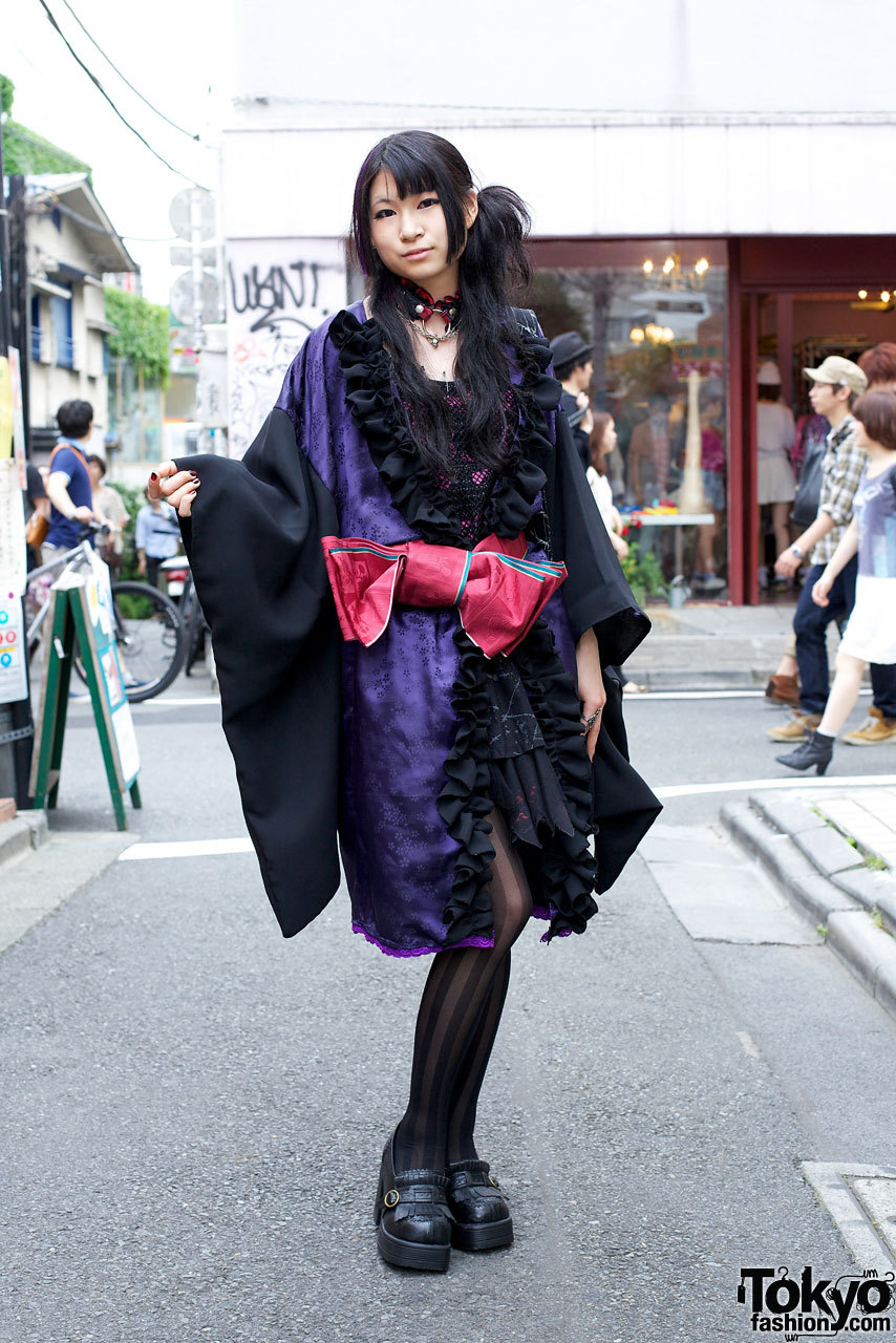 18-year-old Japanese girl in kimono-inspired gothic fashion & h.NAOTO on the street in Harajuku.