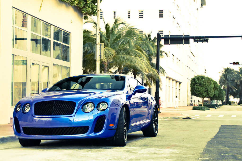 Blue Encounter (by Tom Wolf | Photography)
