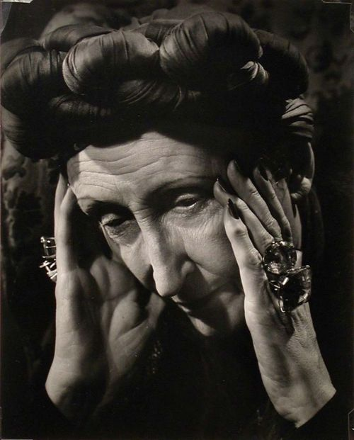 edith sitwell I am an unpopular electric eel in a pool of catfish