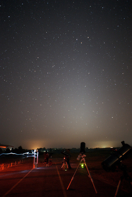 Luz zodiacal by GlaucoH on Flickr.