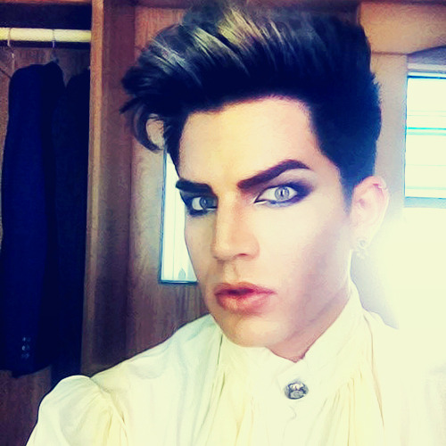 "prettyboyandthewolf:  EYE MAKEUP AND THEATRICAL CLOTHES! I don't think the ""blond"" hair is going to stay."